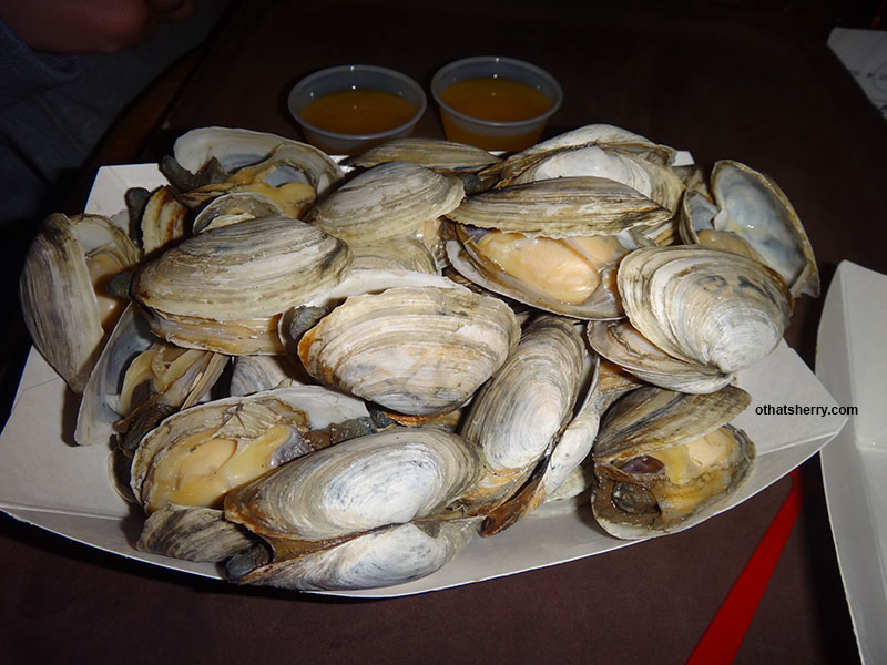 Billy's _ Clams